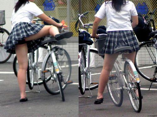 【画像】自転車通学中に強風でパンモロしちゃうミニスカJK達www 35枚 No.34