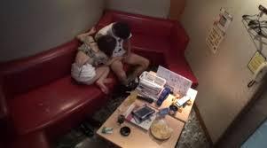 カラオケで盛り上がってセックスし始めちゃう素人カップルのエロ画像 49枚 No.3