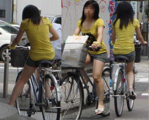 100%パンチラ!デニムミニスカで自転車に乗るギャルのエロ画像 37枚 No.14