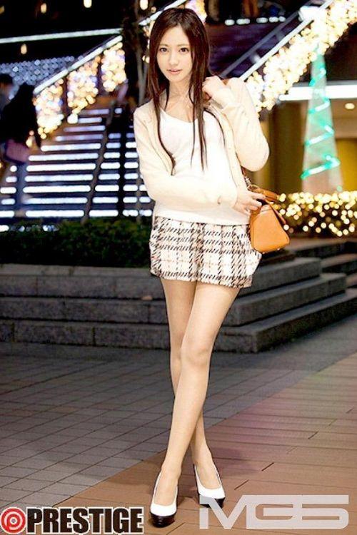桃谷エリカ(ももたにえりか)スタイル抜群のお姉さん系美女AV女優画像 149枚 No.142