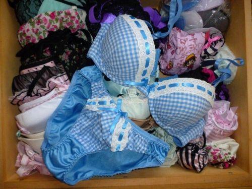 【画像】タンスのエロい下着を綺麗に並べる模範解答がこちらです! 31枚 No.5