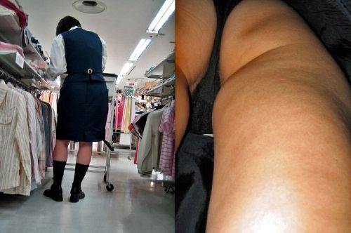 【盗撮画像】ショップ店員を逆さ撮りしたらパンティが派手でエロいwww 34枚 No.17