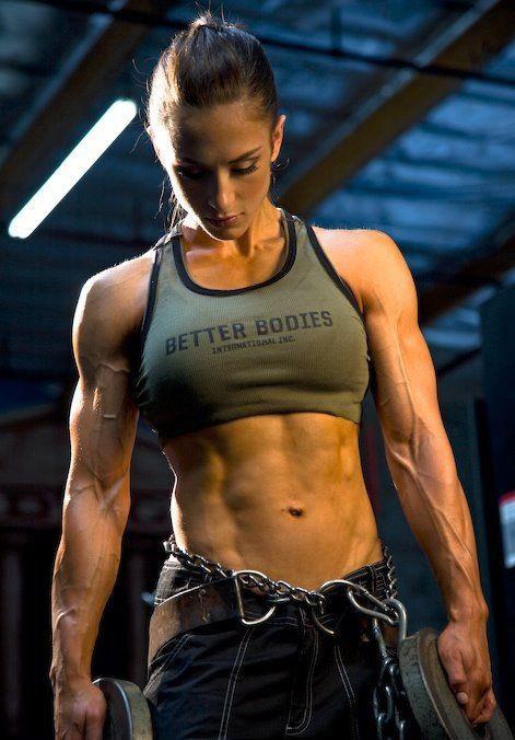 ムキムキの筋肉で腹筋バッキバキの巨乳外国人女性のエロ画像 37枚 No.12