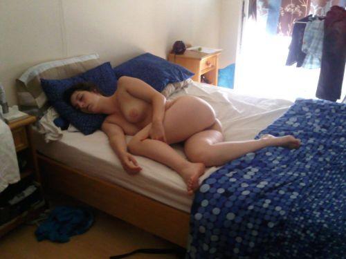 全裸でおっぱいやオマンコ丸出しで寝てる海外女性の盗撮エロ画像 35枚 No.7