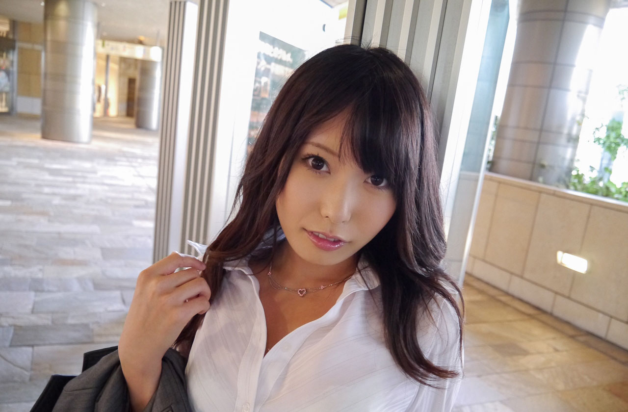 有村千佳(ありむらちか)ロングの髪の毛で清楚な純白オネエさんのえろ写真 163枚