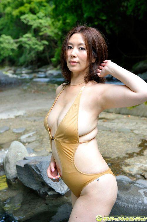 翔田千里(しょうだちさと)48歳の巨乳レジェンド美熟女AV女優エロ画像 105枚 No.18