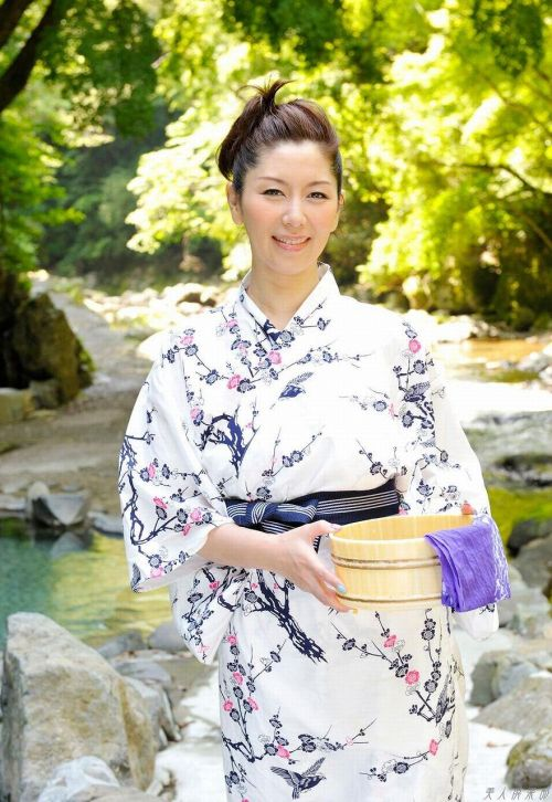 翔田千里(しょうだちさと)48歳の巨乳レジェンド美熟女AV女優エロ画像 105枚 No.82
