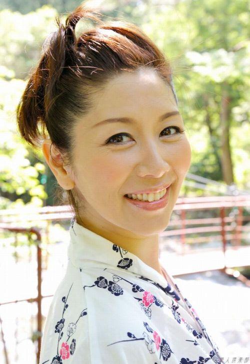 翔田千里(しょうだちさと)48歳の巨乳レジェンド美熟女AV女優エロ画像 105枚 No.84