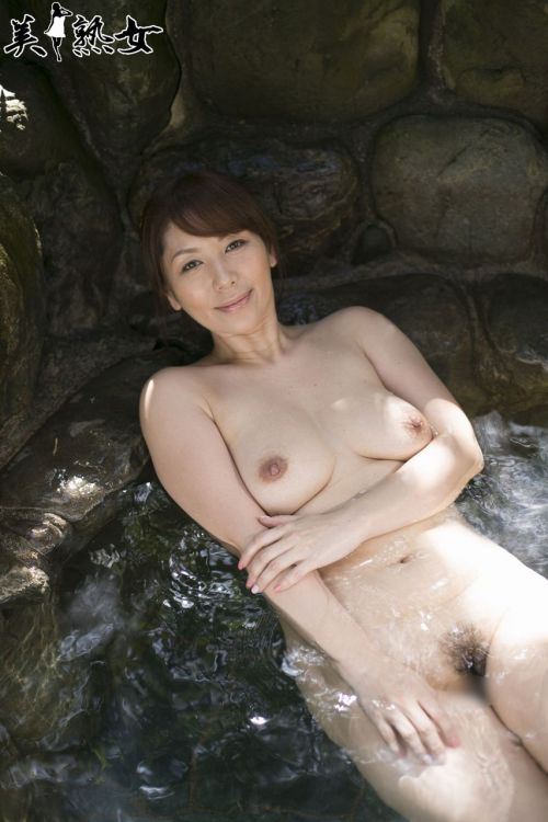 翔田千里(しょうだちさと)48歳の巨乳レジェンド美熟女AV女優エロ画像 105枚 No.88