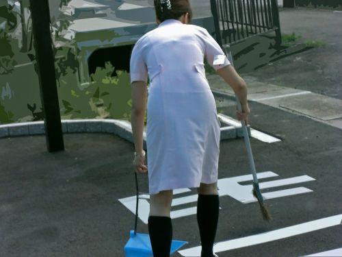 看護師さんのナース服から透けたパンティラインに勃起しちゃうエロ画像 31枚 No.26