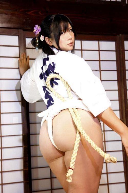 褌(ふんどし)を巻いた女の子のお尻がTバックより卑猥なエロ画像 31枚 No.4