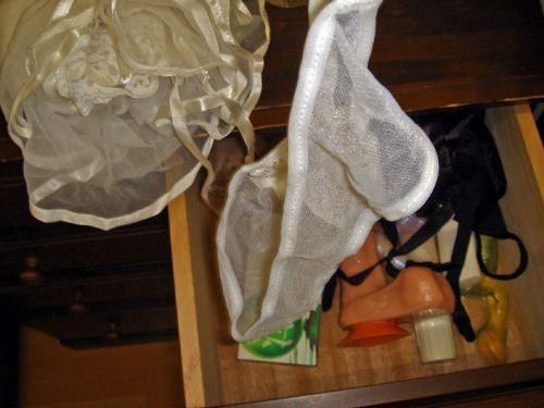 【画像】整理整頓が出来ないガサツ娘のタンスの下着見てみる? 34枚 No.8