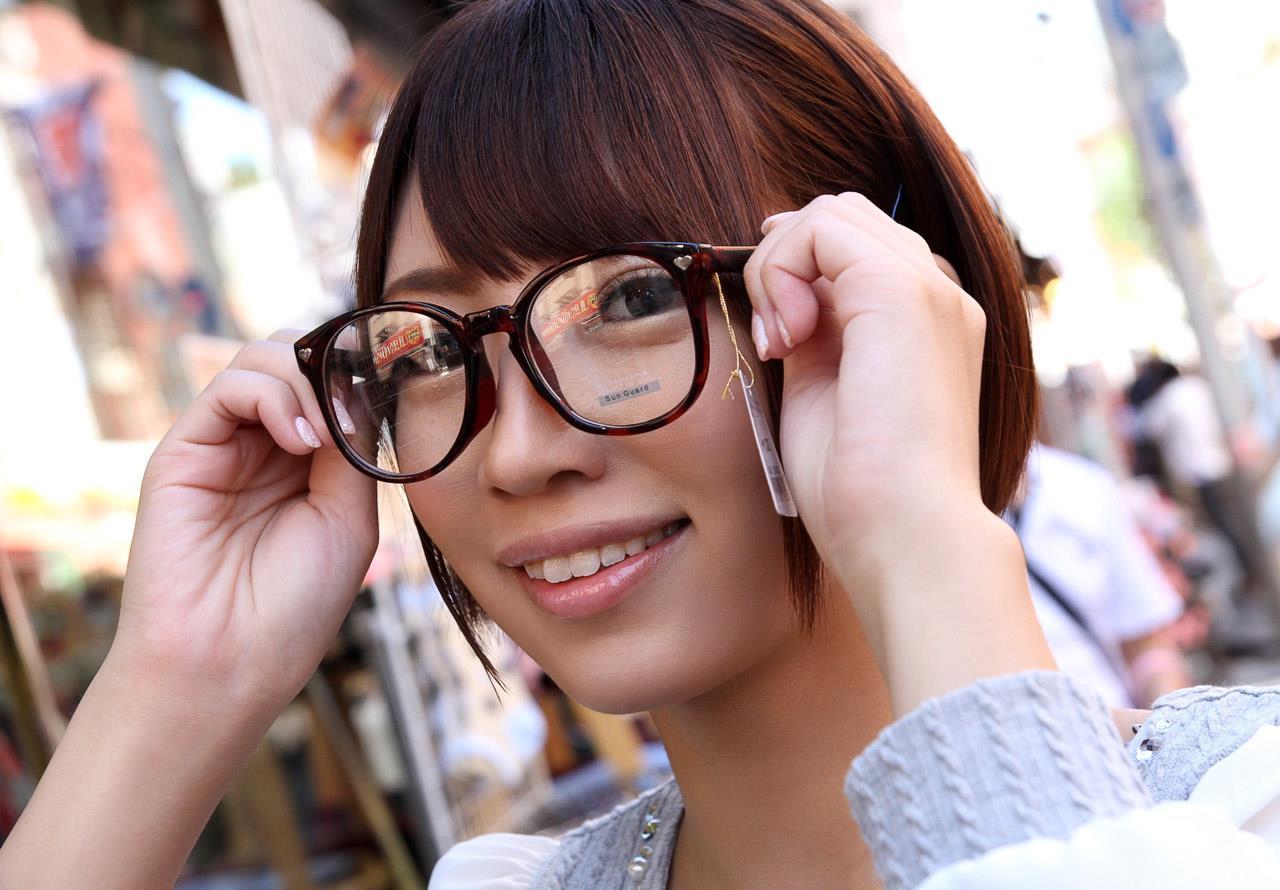 乙葉ななせ(おとはななせ)短髪で眼鏡が良く似合うロリ顔av女優えろ写真 146枚