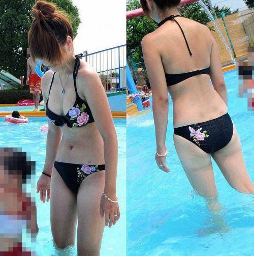 【画像】子連れママのTバック水着やハプニングお尻がクッソエロいwww 36枚 No.20