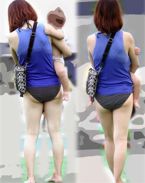 【画像】子連れママのTバック水着やハプニングお尻がクッソエロいwww 36枚 No.24