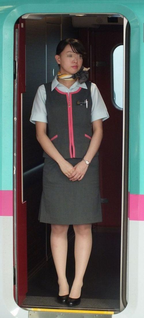 新幹線の制服を着た売り子さん限定で逆さ撮り盗撮したエロ画像 61枚 No.20