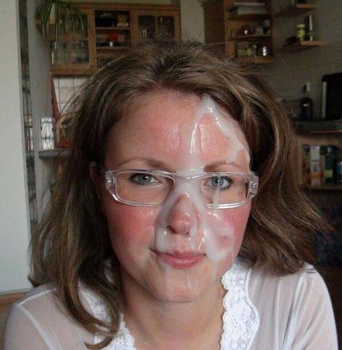 【画像】眼鏡っ娘の眼鏡にザーメンぶっかける顔射がエロ過ぎるwww 34枚 No.5