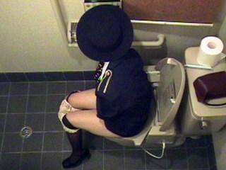 スチュワーデスのお姉さんがトイレで排泄物を出しちゃう盗撮エロ画像 48枚 No.7