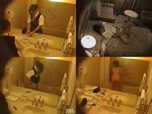 スチュワーデスのお姉さんがトイレで排泄物を出しちゃう盗撮エロ画像 48枚 No.40