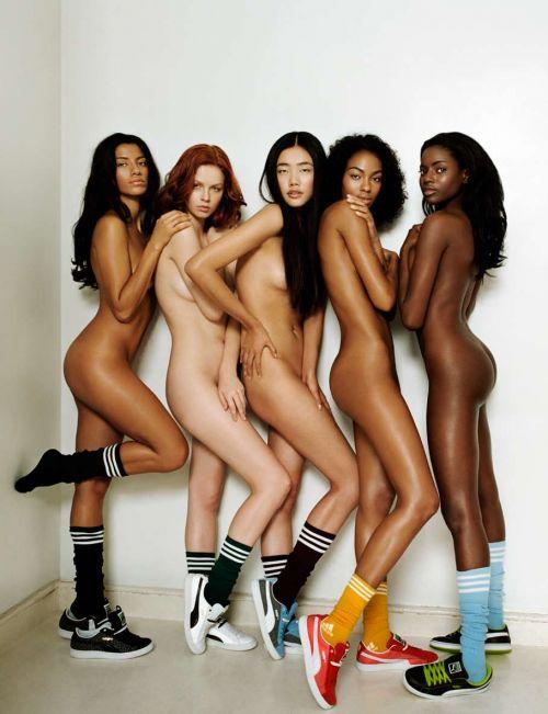 【レズビアン】金髪外国人女性が美しい体で絡み合うエロ画像 33枚 No.14