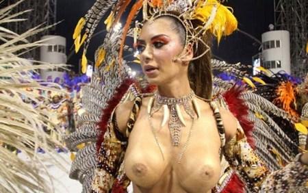 サンバカーニバルで巨乳外国人がおっぱい丸出しなエロ画像 35枚 No.1