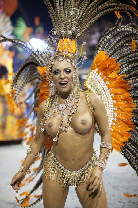サンバカーニバルで巨乳外国人がおっぱい丸出しなエロ画像 35枚 No.5