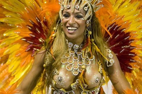 サンバカーニバルで巨乳外国人がおっぱい丸出しなエロ画像 35枚 No.20