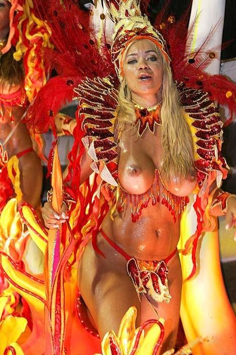 サンバカーニバルで巨乳外国人がおっぱい丸出しなエロ画像 35枚 No.31