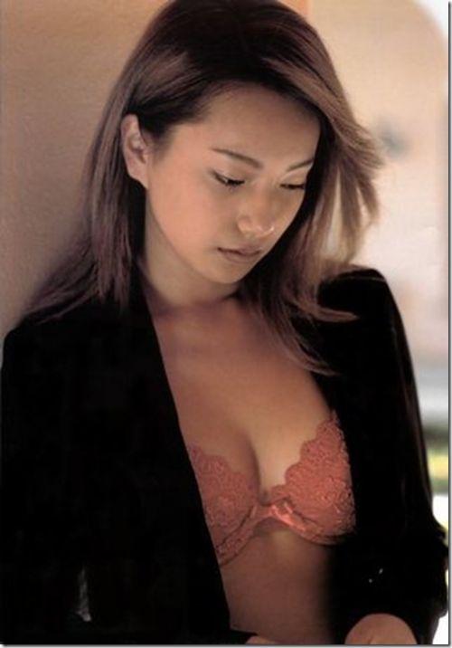 祝離婚な三船美佳の若い頃に撮影したエログラビア画像がこちらです! 73枚 No.12