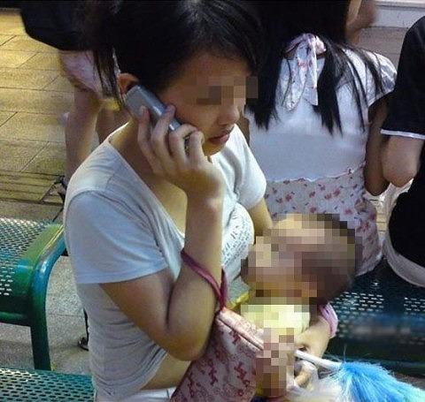 【画像】赤ちゃんがお母さんからおっぱいもらう授乳プレイエロ過ぎwww 45枚 No.22
