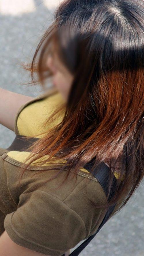 素人女性のロケットおっぱいにパイスラッシュしちゃう街撮り盗撮画像 33枚 No.26