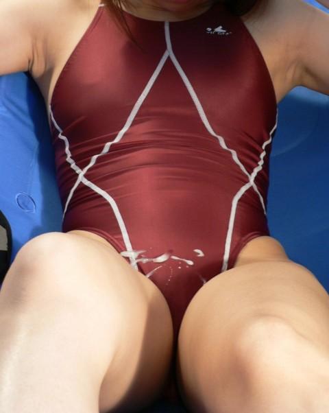 【画像】競泳水着を着た女の子に顔射したり腹射でザーメンぶっかけたったwww 45枚 No.15