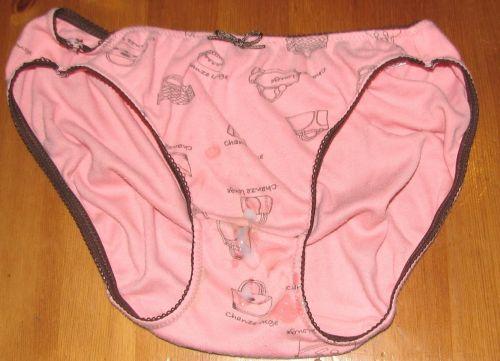 【フェチ】女性のパンティにザーメンをぶっかける下着射精エロ画像 32枚 No.15