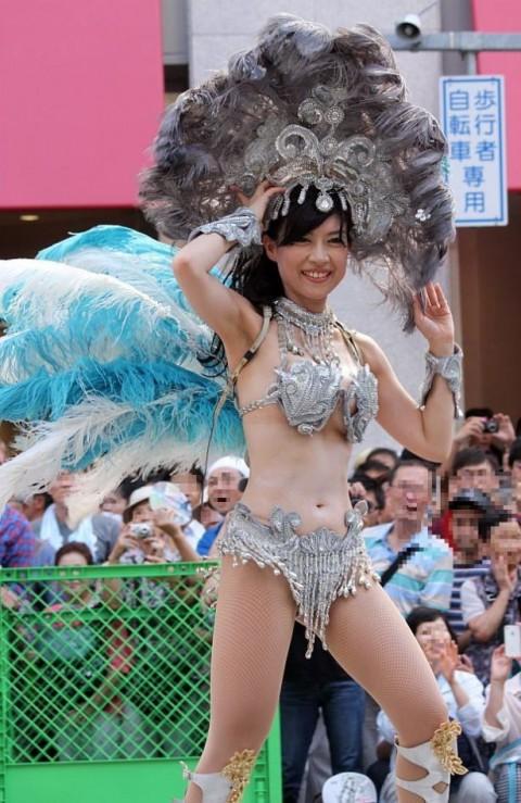 【画像】日本人サンバダンサーのTバックのプリケツが激エロwww 39枚 No.17