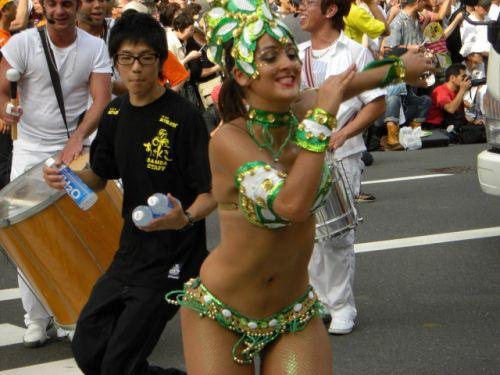 【画像】日本人サンバダンサーのTバックのプリケツが激エロwww 39枚 No.22