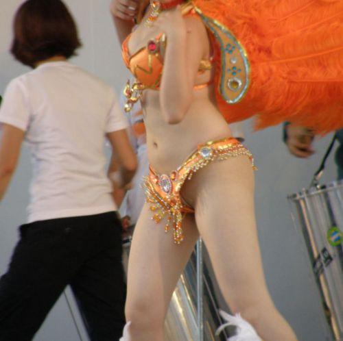 【画像】日本人サンバダンサーのTバックのプリケツが激エロwww 39枚 No.24