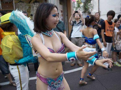 【画像】日本人サンバダンサーのTバックのプリケツが激エロwww 39枚 No.28