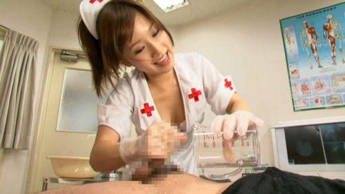 ナースが入院中に手コキで性処理のお世話をしてくれるエロ画像www 27枚 No.23