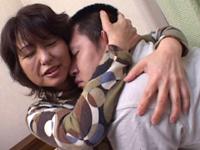 【無修正】里中亜矢子 裏流出 「甘やかしすぎた母」