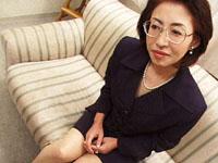 【無修正】五十路熟女ストーリー お母さんの目覚ましフェラ