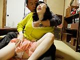 熟成熟女人妻研究会:【無修正】主婦いじめ~陰湿なご近所イジメ
