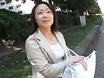 ダイスキ!人妻熟女動画 : 素敵な五十路の奥さんと団地の前で待ち合わせてホテル直行ハメ撮り!
