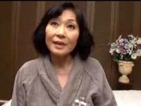 熟女動画だよ:奧さん還暦ですか? まだよく締まるわよ!