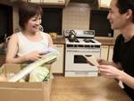 となりのおくさま : ノーブラ奥さんに興奮する八百屋の息子 桜井美代子
