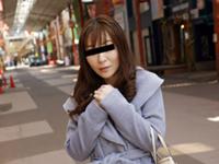 熟れすぎてごめん:【無修正】おばさんぽ ~美人妻と商店街で食べ歩き~ 森山愛子