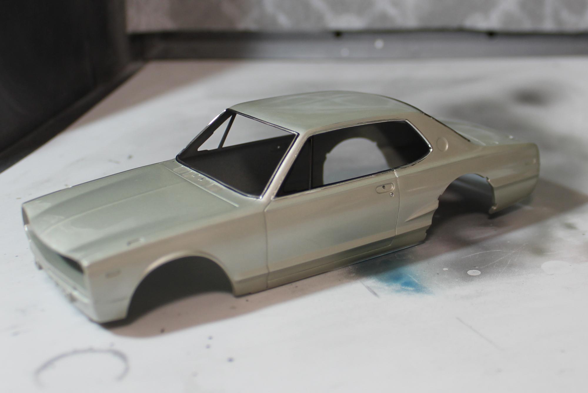 ハコスカ窓枠塗装後1