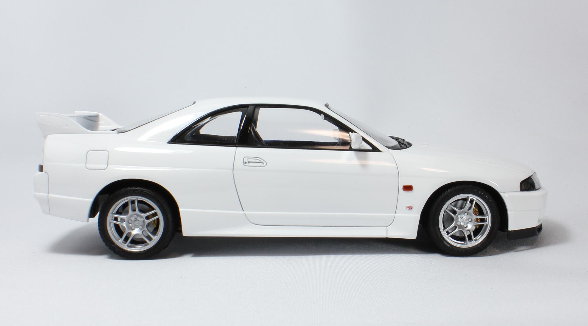 R33サイド