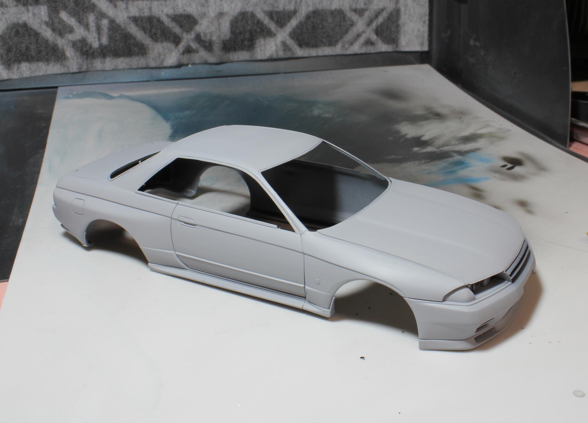R32ボディー修正サフ後3