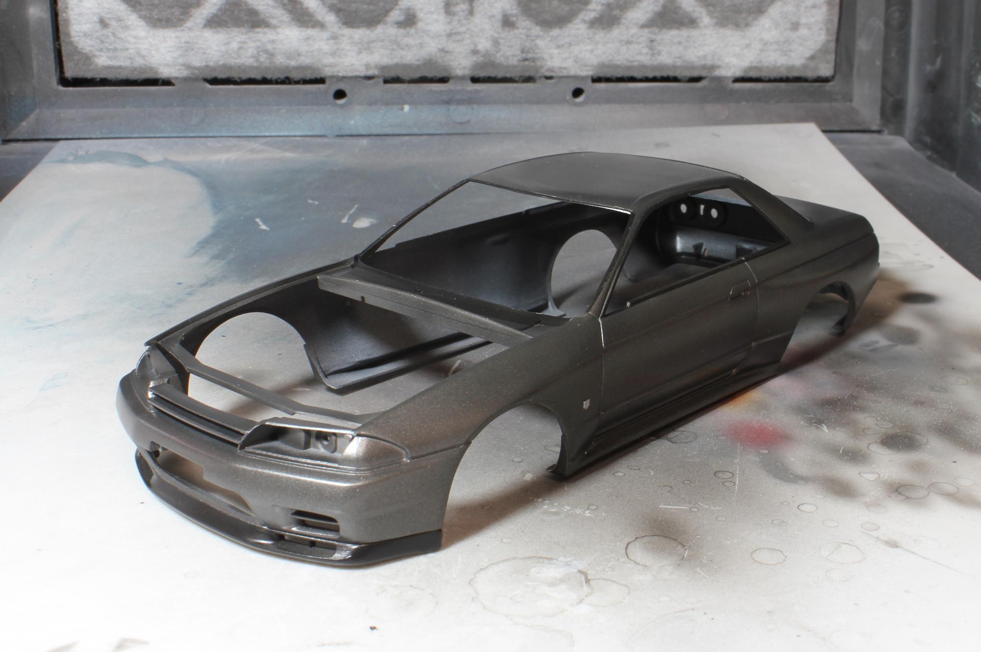R32窓枠塗装後