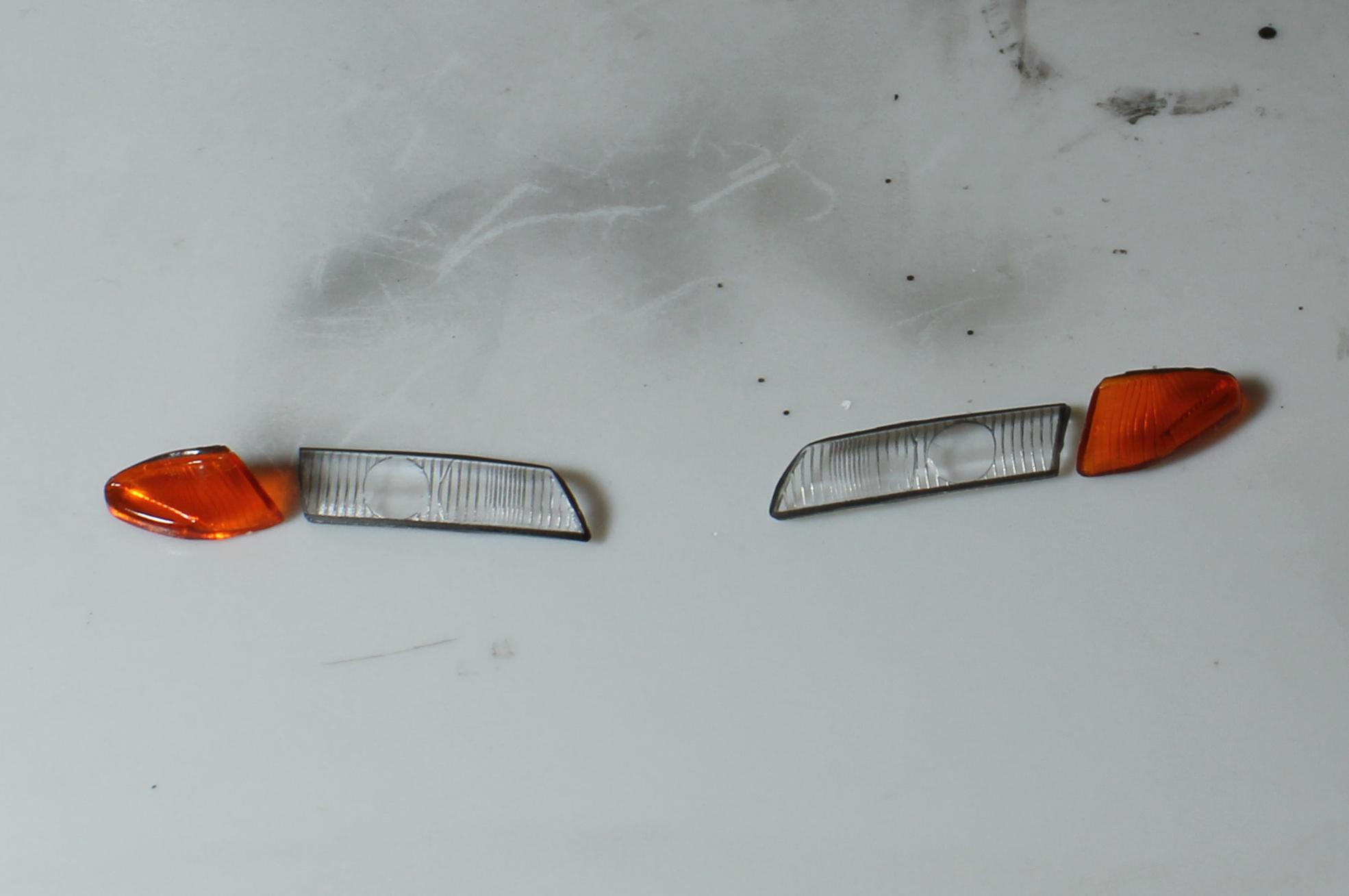 R32ヘッドライトとウインカー塗装後